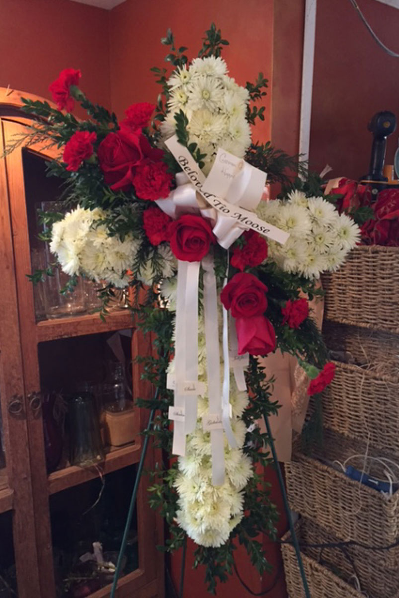 red-white-roses-cross-beloved-tio