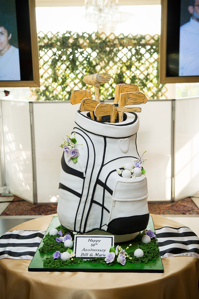 anniversary-golf-cake-clubs-flowers