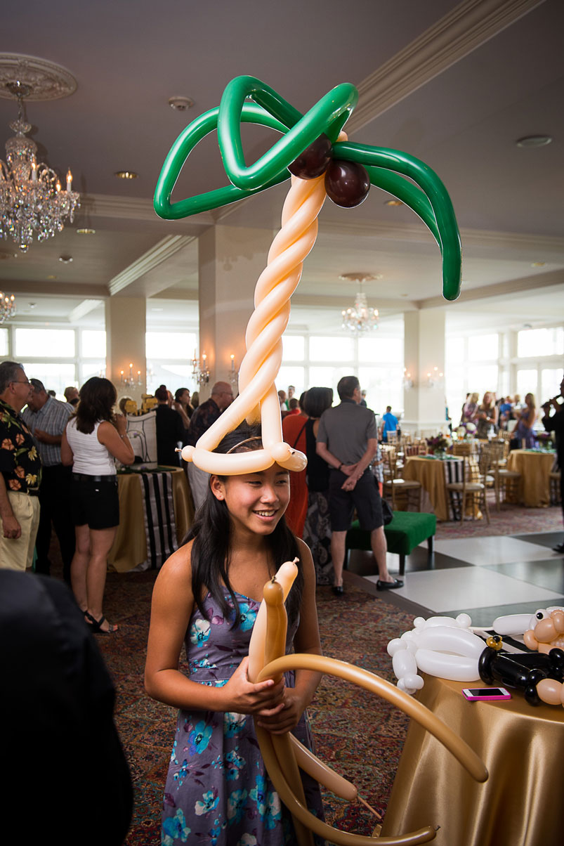balloon-palm-tree-hat-kid-party