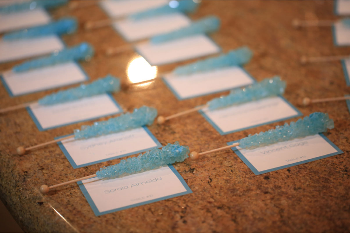 blue-rock-candy-party-favor