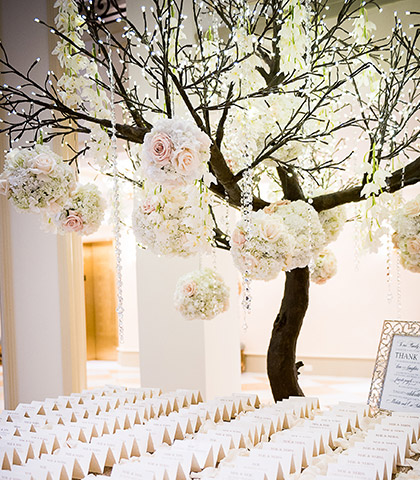 elegant wedding tree fesh flowers seating
