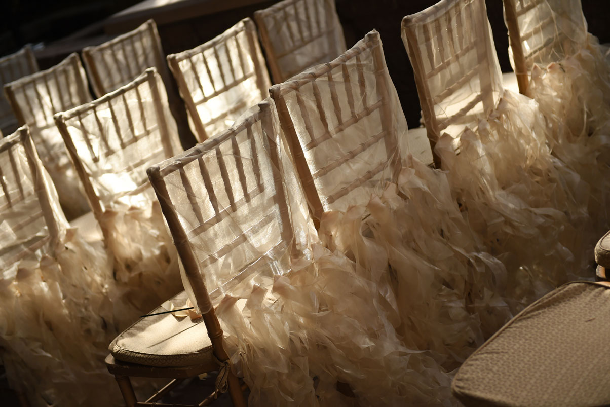 ceremony-chairs-decorated