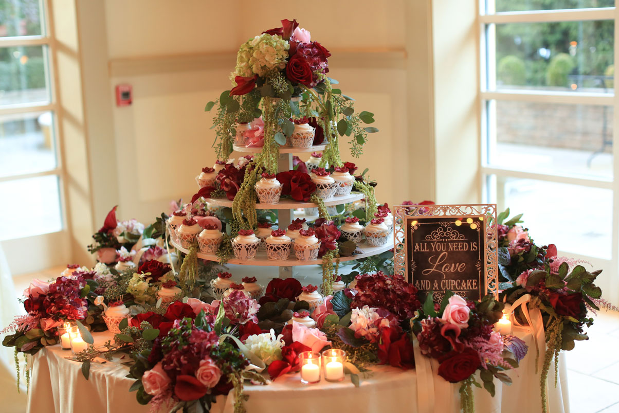 cupcake-tiered-platters