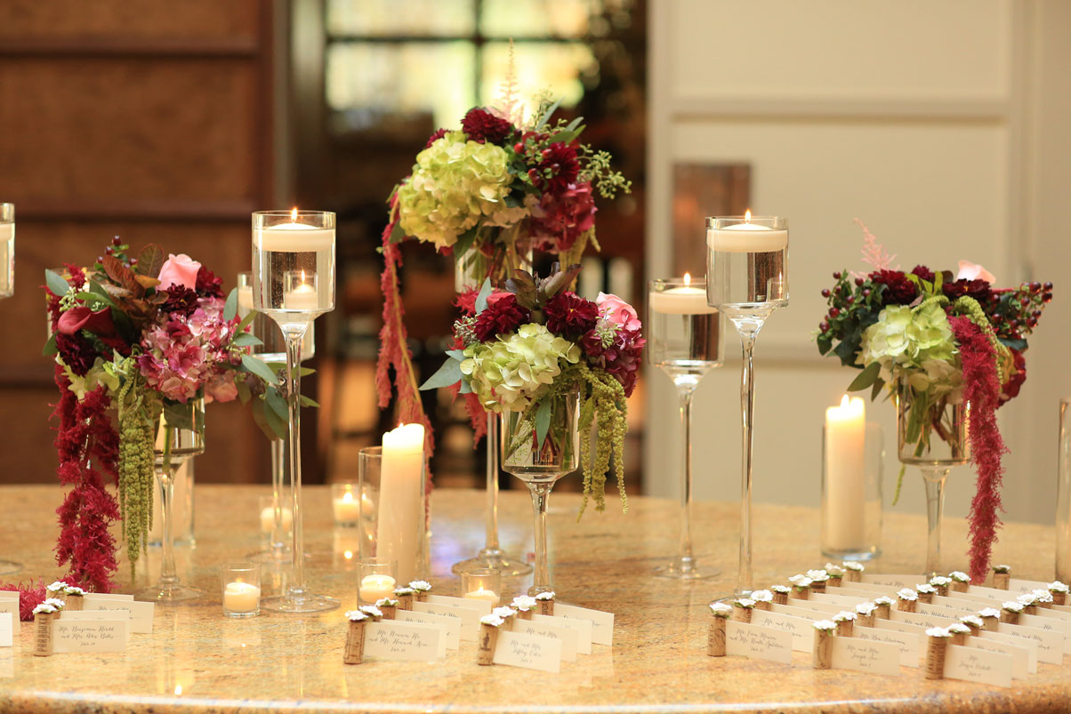 flowers-candles-name-cards-corks
