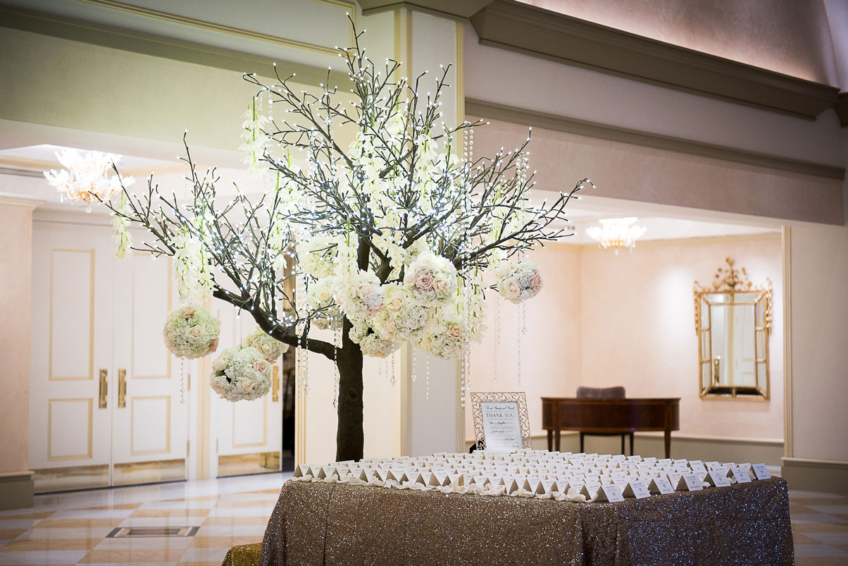 namecard-table-tree-bouquets